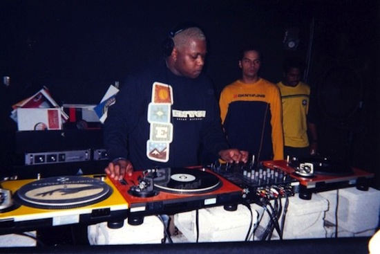 Derrick Carter with Gavin Bryan and J-Dub, 1998. Photo by Idalina Leandro, courtesy of Gavin Bryan.