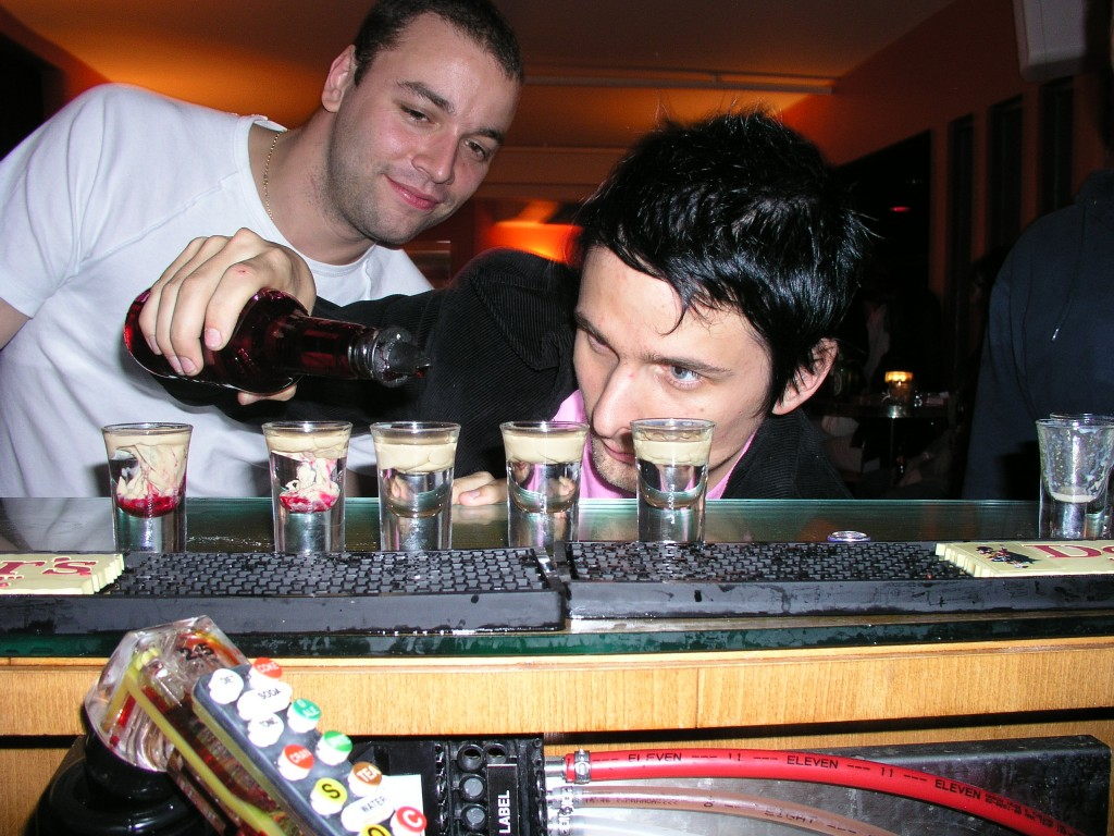 Muse's Matt Bellamy gets acquainted with the Mod Club's bar. Photo by Trevor Roberts