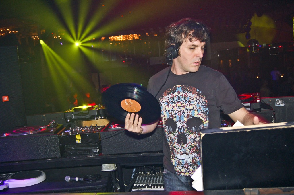 DJ Mark Oliver at Guvernment circa 2007. Photo by André M Photography.