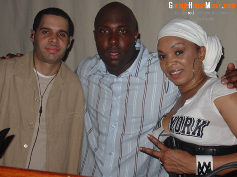 Frankie Feliciano (L), Junior Palmer, Barbara Tucker at PBPK. Photo by GarageHouseMusic.com, courtesy of Junior Palmer.